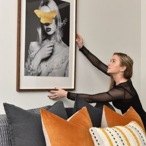 How to choose the perfect art for over your bed